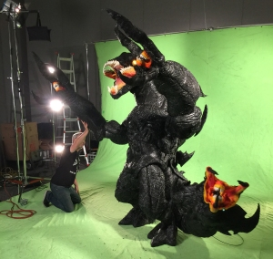 Matt Winston from Stan Winston School propping up the Kaiju arm.